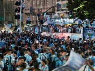 "Foto: ""Campeón Argentino 2018/2019"" Barra: La Guardia Imperial • Club: Racing Club"