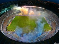"Foto: ""EL CILINDRO"" Barra: La Guardia Imperial • Club: Racing Club"