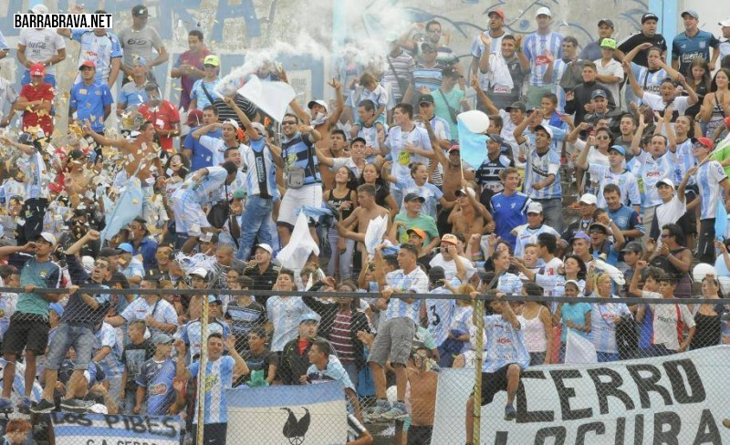 Festeja Taringa: Vuelve el fulbol Argentino!