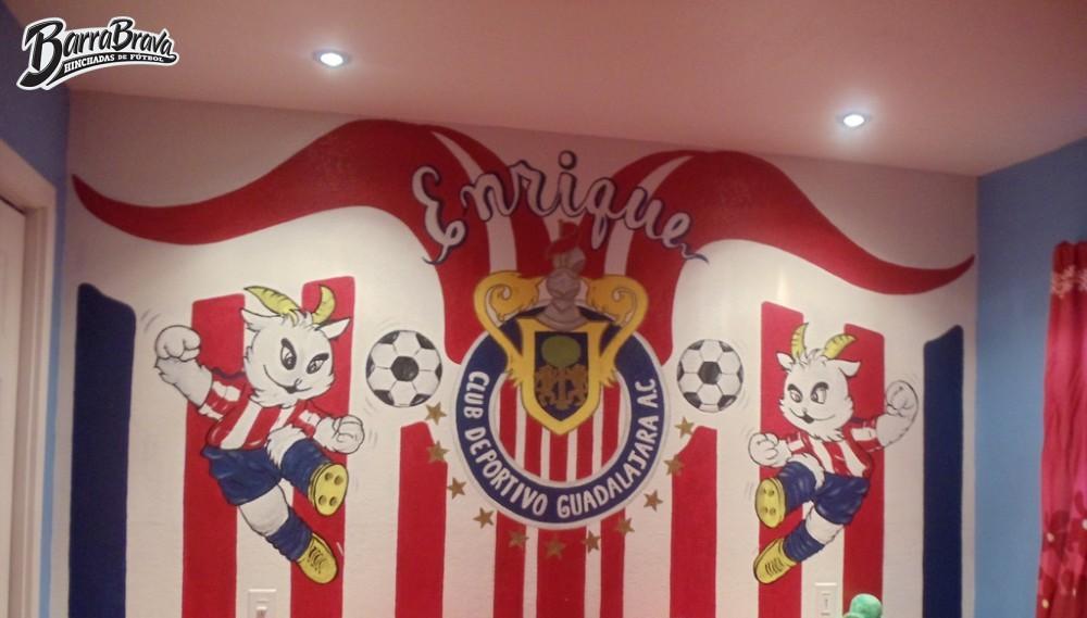 Murales graffitis la irreverente chivas guadalajara for Club de suscriptores mural