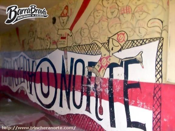Murales graffitis trinchera norte universitario de for Murales trinchera u norte